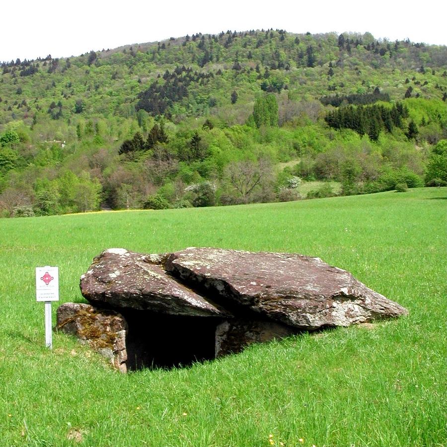 La cave aux fées 2003