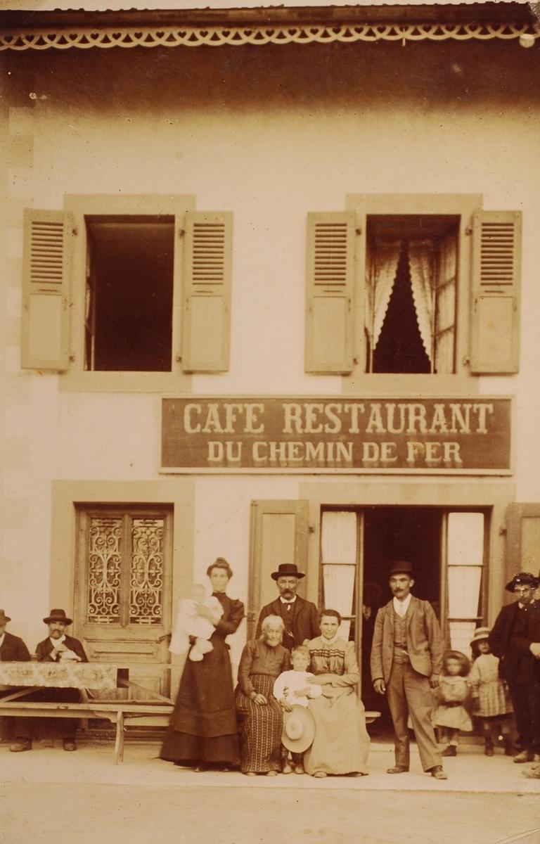 Le Café Restaurant du Chemin de Fer